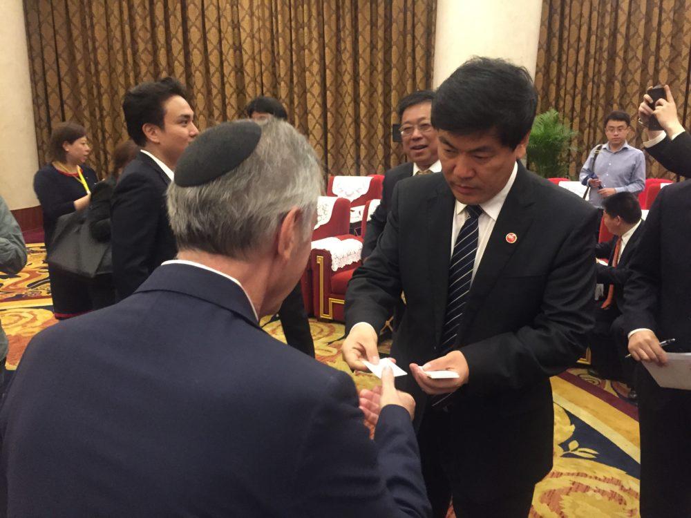 Doctor Robert Cohen chosen as main advisor for Chinese Aesthetic Medicine